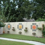 Best way of decorating garden fences and walls