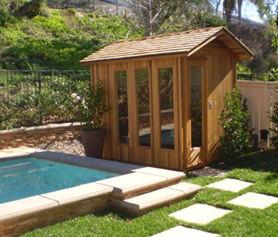 Build an outdoor sauna: walls and door