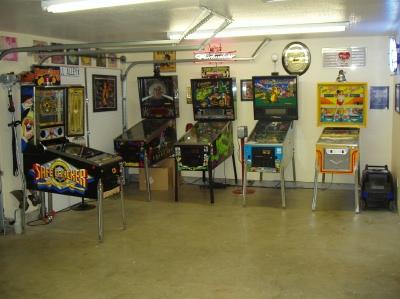 Cómo convertir una sala de garaje en una sala de juegos