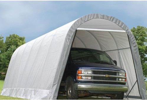 Instellen van een draagbare carport