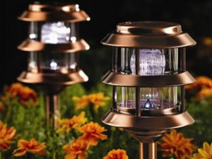 How to choose the right landscape light bulbs