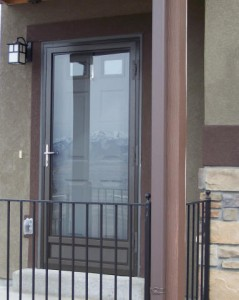Doors, Installation tips for storm doors