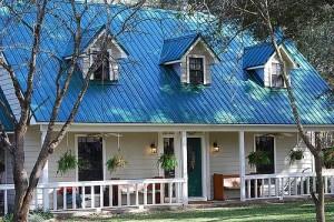 Hoe gemakkelijk te installeren gegolfde metalen dakbedekking