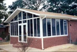Konwersja na płaskim dachem dwuspadowym dachem