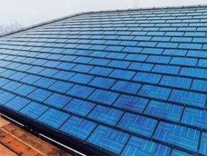 Installieren solar-schindeln