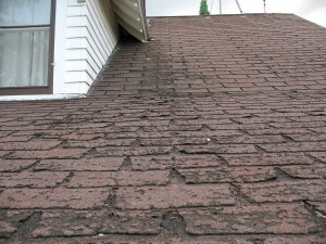 How to repair an asphalt roof