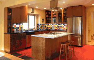 Värikäs keittiö temppuja