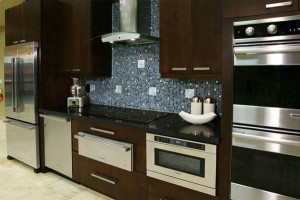 Finding matching kitchen cabinets and counter-tops