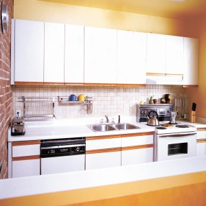 Enhancing the look of your white laminate cabinets