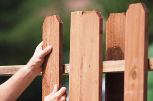 Repairing a picket fence