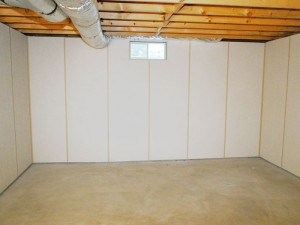 How to dry a basement after flooding
