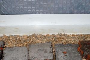 Trinn for vanntetting kjelleren