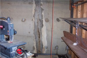 Hydraulic cement for basement cracks