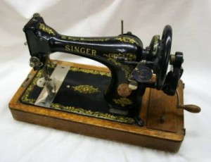 Machine à coudre Singer – antique ou vintage