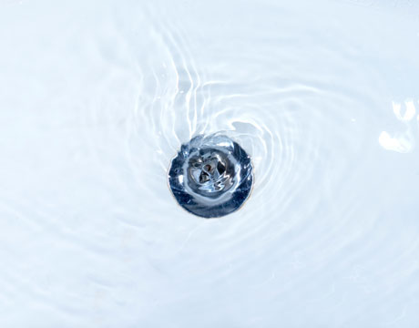Fixing a clogged bathtub drain