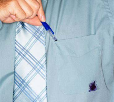 Entfernen von Tintenflecken Kugelschreiber aus Kleidung