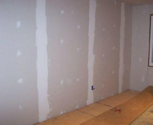 Removing mildew from drywall