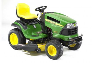 Choosing a riding lawn mower