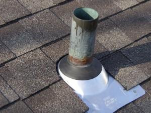 Hvordan å reparere taket rør blinkende