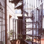 Escolhendo o metal ideal para uma escada em espiral