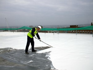 Cooling a flat roof