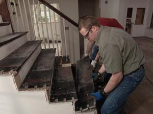 Reparar ou substituir a escada?
