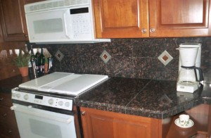 Pros and cons of granite back splash