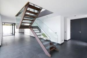 Conversion d'un escalier droit à un dogleg