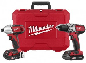 Cerca de 18 volts Milwaukee furadeira