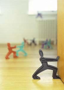 Şekillerde dekoratif kapı durur kullanmak